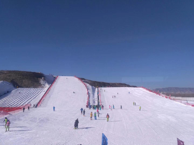 室外滑雪场